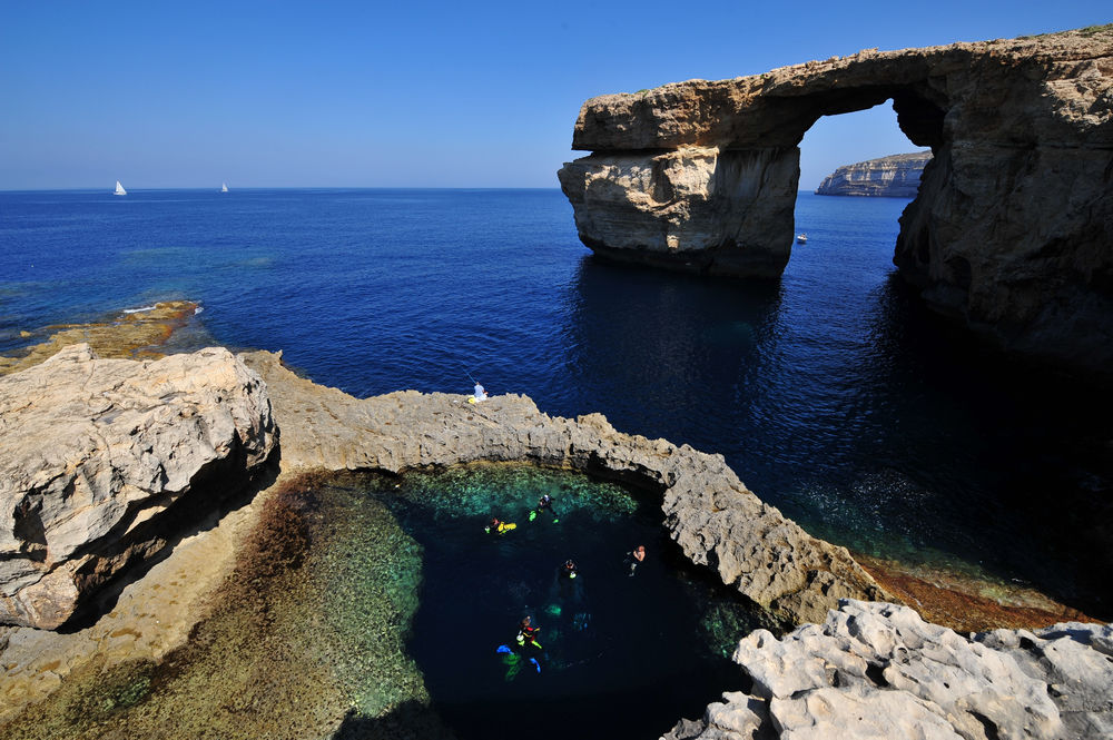 Spectacular diving in Malta