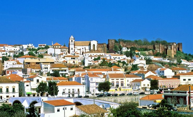"""Silves Town"""