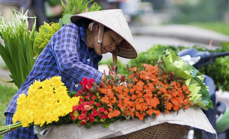 """Flower Market, Saigon"""
