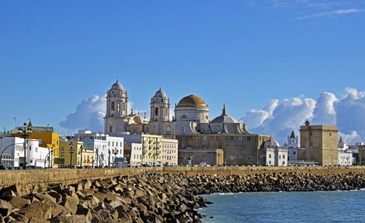 Treasures of andalucia and seville river cruises - El puerto de santa maria granada ...