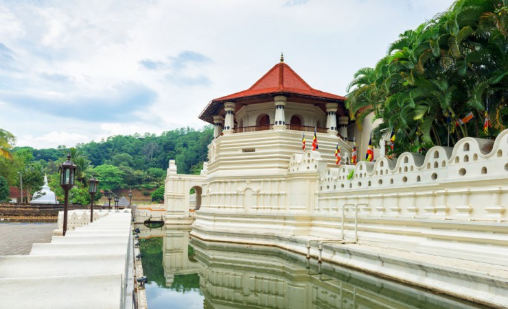"""Temple Of Tooth Relic"""