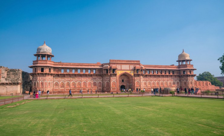 """Agra Fort   72298521"""