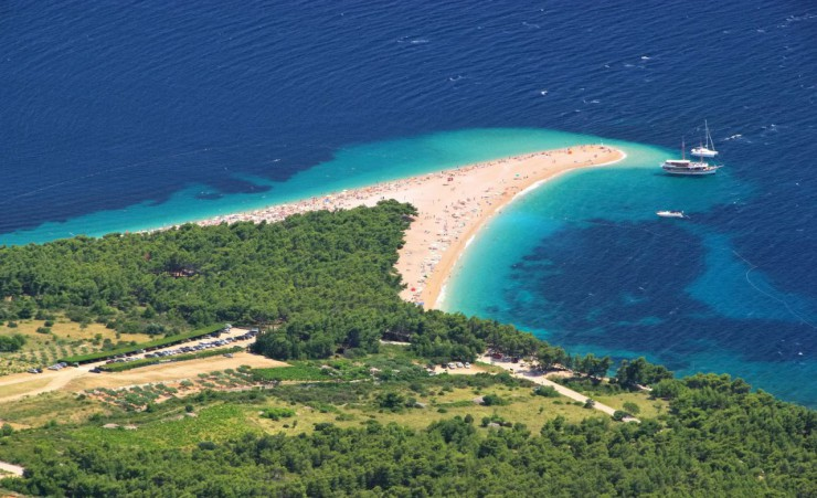 """Golden Horn On Brac"""
