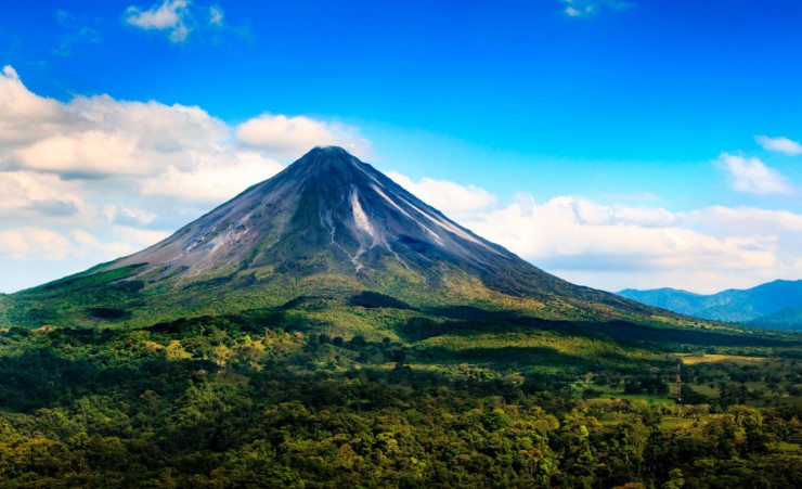 """Arenal Volcano"""