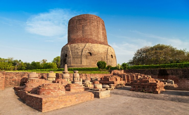"""Dhamekh Stupa And Ruins In Sarnath"""