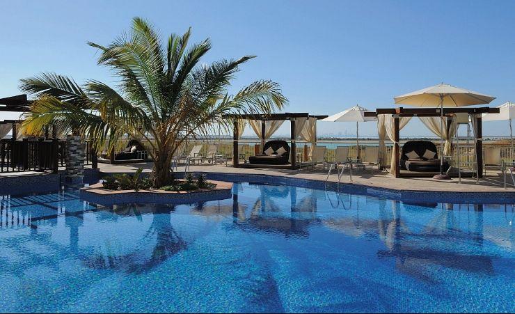 Radisson blu hotel abu dhabi city hotels in abu dhabi - Radisson blu sharjah swimming pool ...