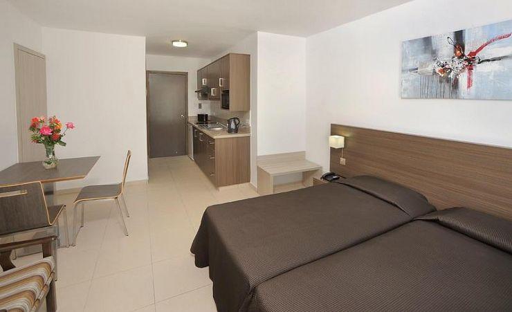 petrosana hotel apartments ayia napa hotels in cyprus mercury holidays. Black Bedroom Furniture Sets. Home Design Ideas