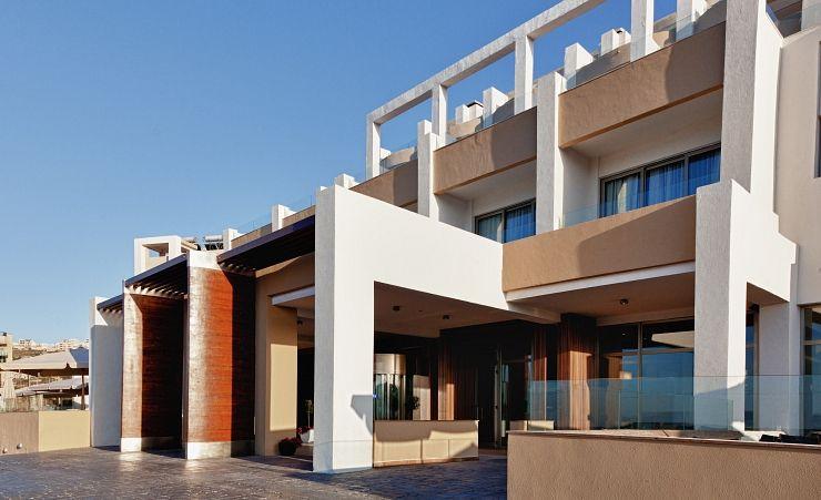 Malta Airport To Seabank Hotel