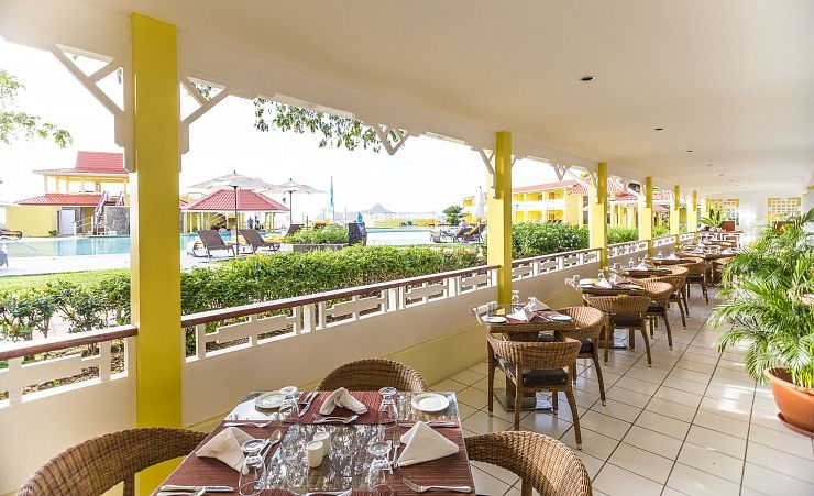 Papillon by rex resorts rodney bay hotels in saint lucia for Terrace hotel restaurant