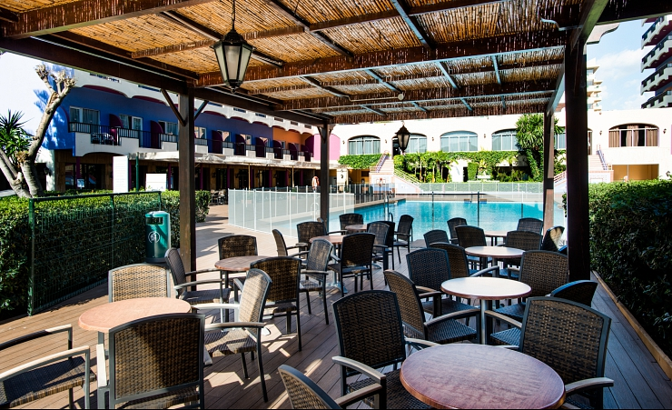 Pool Bar Terrace