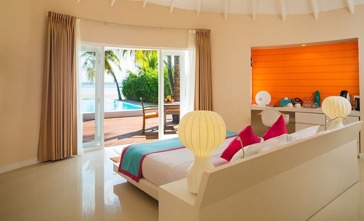 Deluxe Beach Villa With Pool Room
