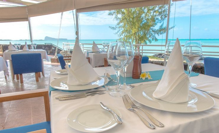Dining With A Seaview