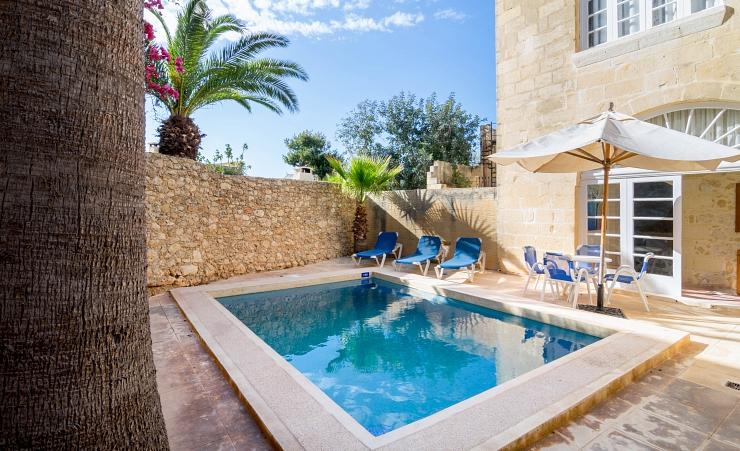 Gozo Farmhouse 2 Bedroom Gozo Island Hotels In Gozo Mercury Holidays