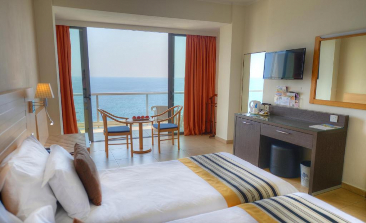 Single Seaview Room 2