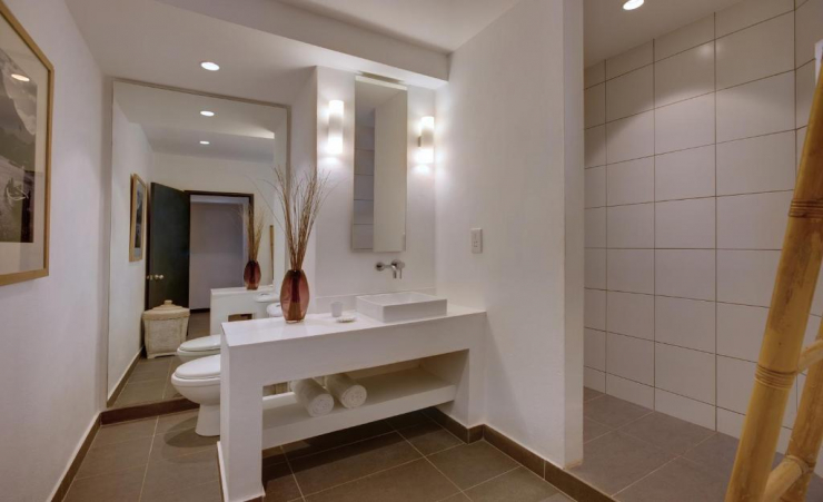 Single Superior Room Bathroom