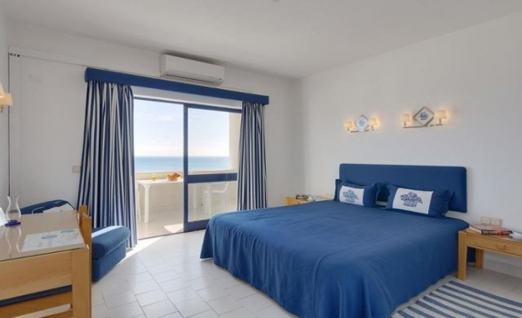 Deluxe One Bedroom Pool Or Sea View