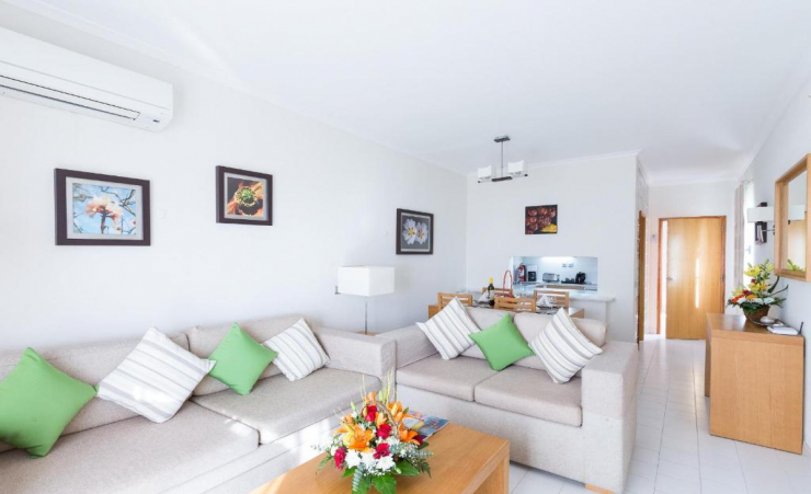 Deluxe 1 Bed Terrace Apartment Seating Area 5