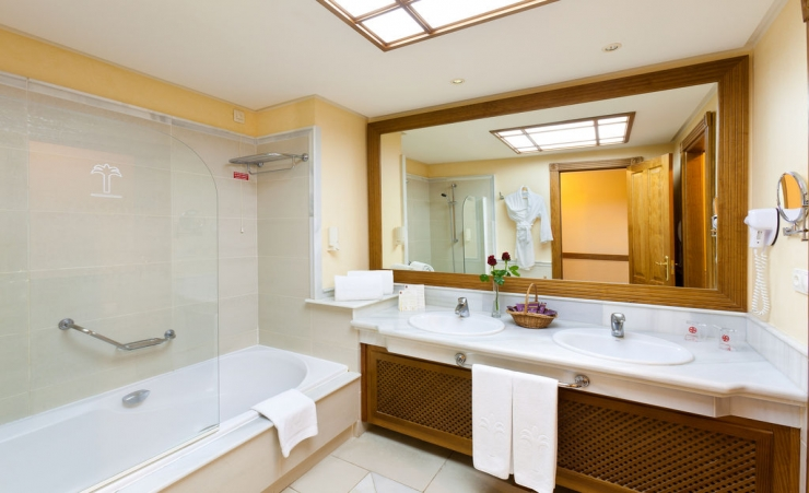 Seaview Bathroom