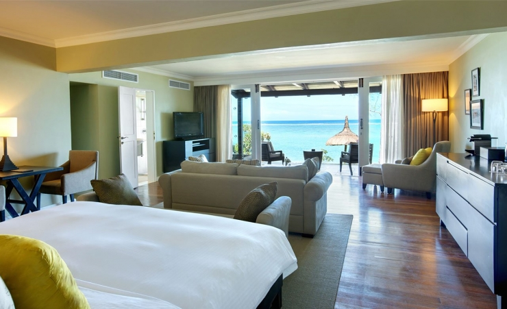 Beachfront Senior Suite
