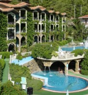 Club Aquarium Apart