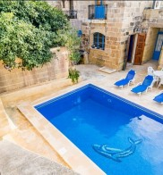 Dar id-Dragun Farmhouse with Private Pool