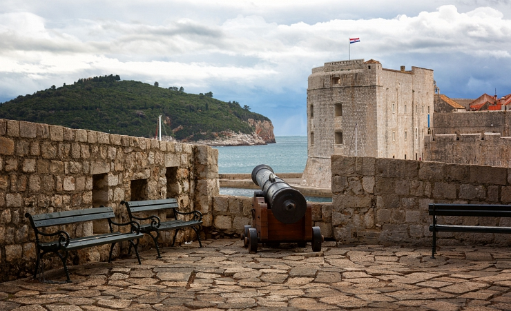"""Dubrovnik Old Wall"""