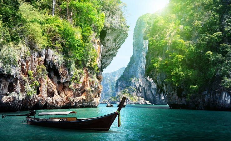 """Stunnning Gorge In Krabi"""